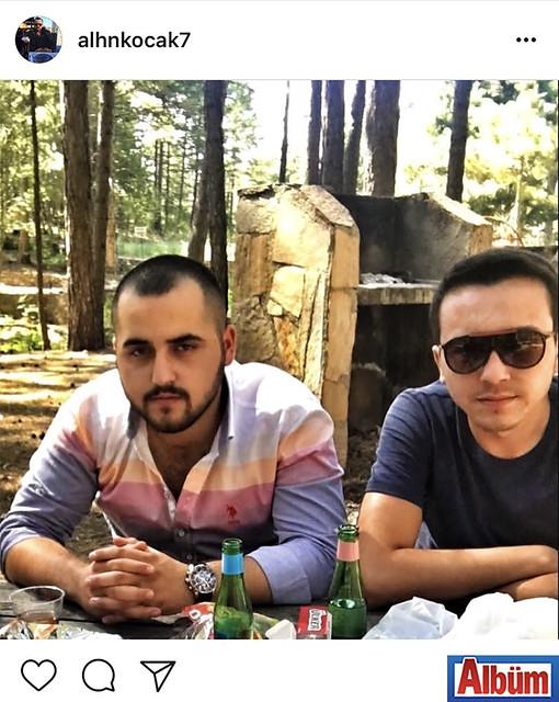 Alihan Koçak, Ahmet Koçak ile birlikte paylaştığı bu fotoğrafla takipçilerinin beğenisini topladı.