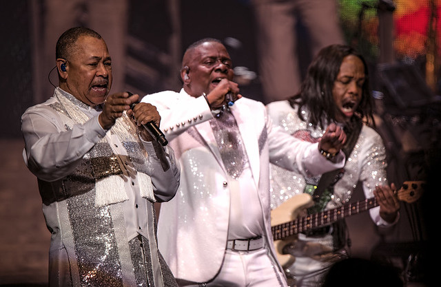 Earth, Wind & Fire 9