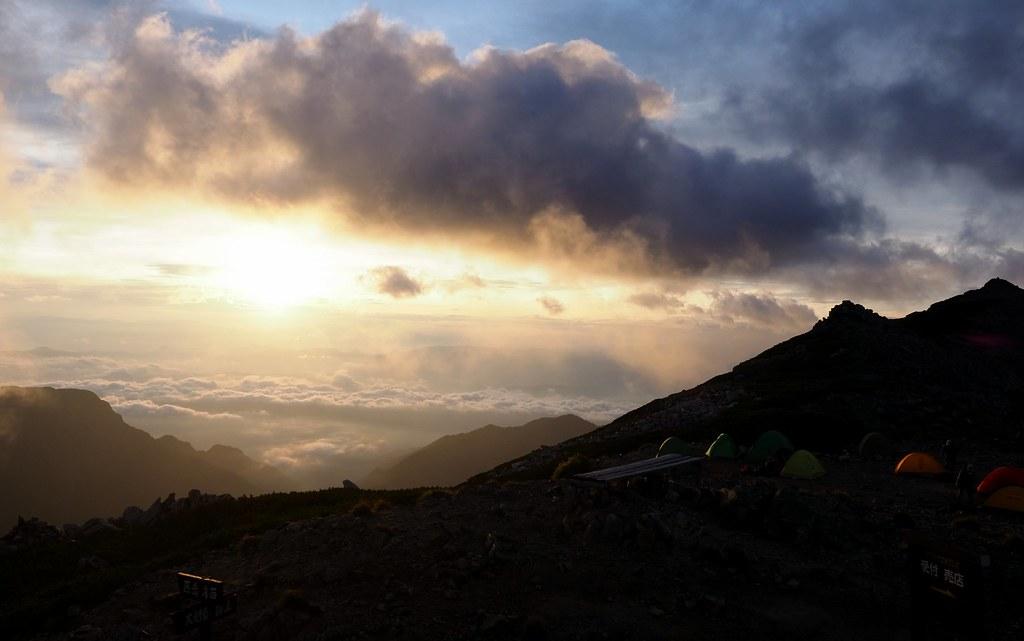 大天井岳の朝日