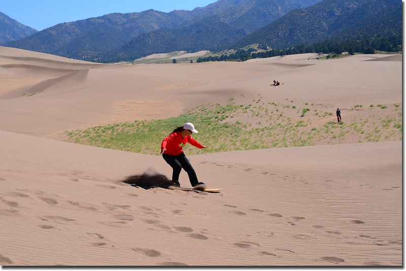 Sledding at Great Sand Dunes  (36)