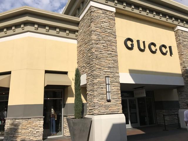 IMG_0092 gucci boutique, premium outlet