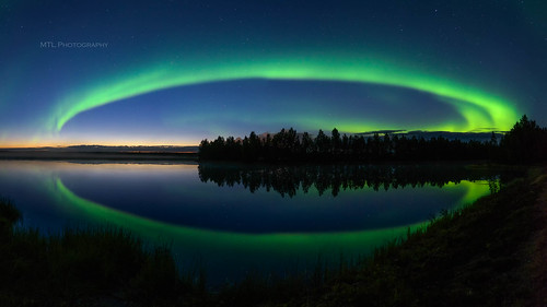 Auroras above River Ii