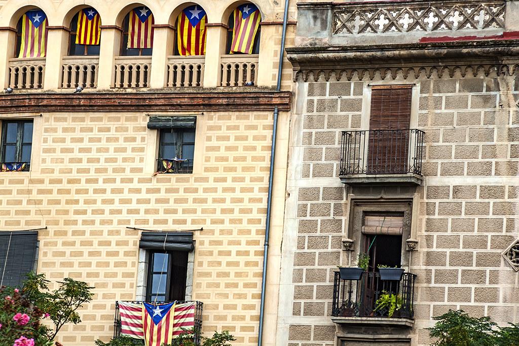 Catalan flags--Girona