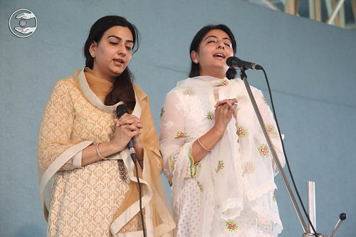 Devotional song by Preeti and Malti
