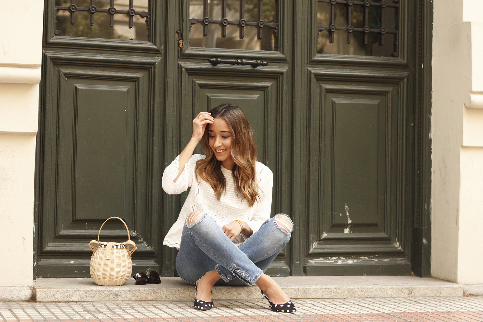polka dot kitten heels white blouse ripped jeans outfit girl style fashion13