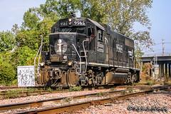 IC 9565   EMD GP38-2   CN Fulton Subdivision
