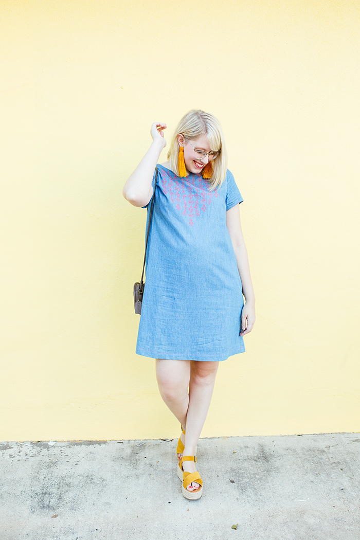 austin style blogger writes like a girl embroidered denim shift dress7