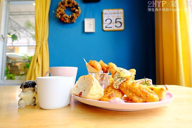 厚鬆餅,台中下午茶,台中好吃,台中早午餐,台中美食,咖啡廳,寵物親善,寵物餐,少囉嗦食堂,早午餐,牛排,甜點,西式甜點,鬆餅 @強生與小吠的Hyper人蔘~