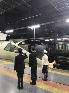 TRAIN SUITE 四季島 尾久への引き上げをお見送り