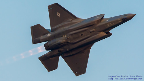 F-35 IN BURNER FLASHING THE BELLY ON ABBY FIGHTER FRIDAY