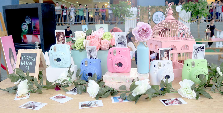 11 Fujifilm x Liza Soberano Fujifilm Instax Mini 9 - Gen-zel She Sings Beauty