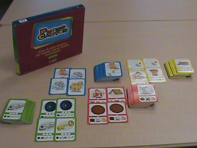 Phonocartes : 4 jeux de cartes amusants pour exploiter diverses activités phonologiques