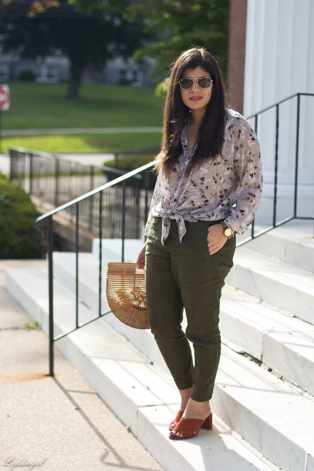 green linen joggers, floral blouse, jord wood watch, bamboo bag.jpg