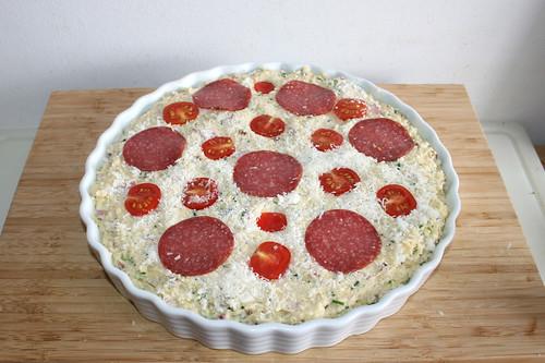 50 - Mit Kirschtomaten & Salami belegen / Add cherry tomatoes & salami