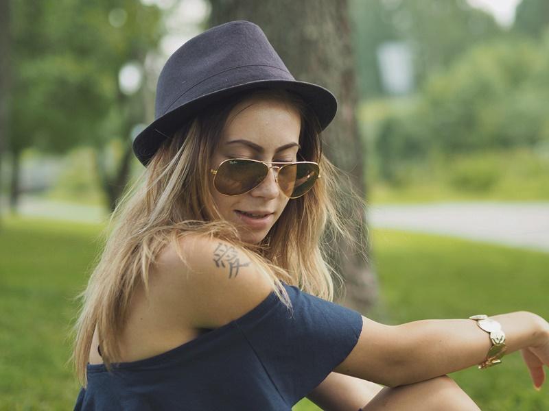 hat-girl-hattutyttö-kesä