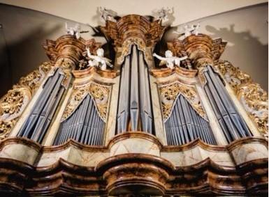 DOBRUŠKA, St. Václav Church