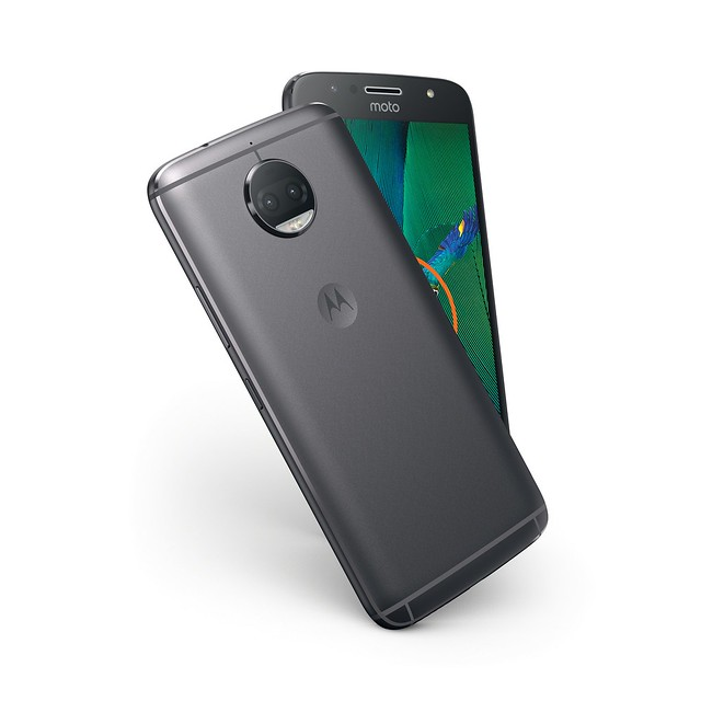 MotoG5SPlus_NFC_LunarGray_Design_resized