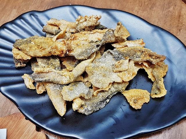 Salted Egg Fish Crisps