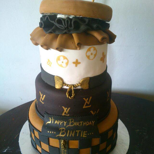 Cake by Palmarius Cakes