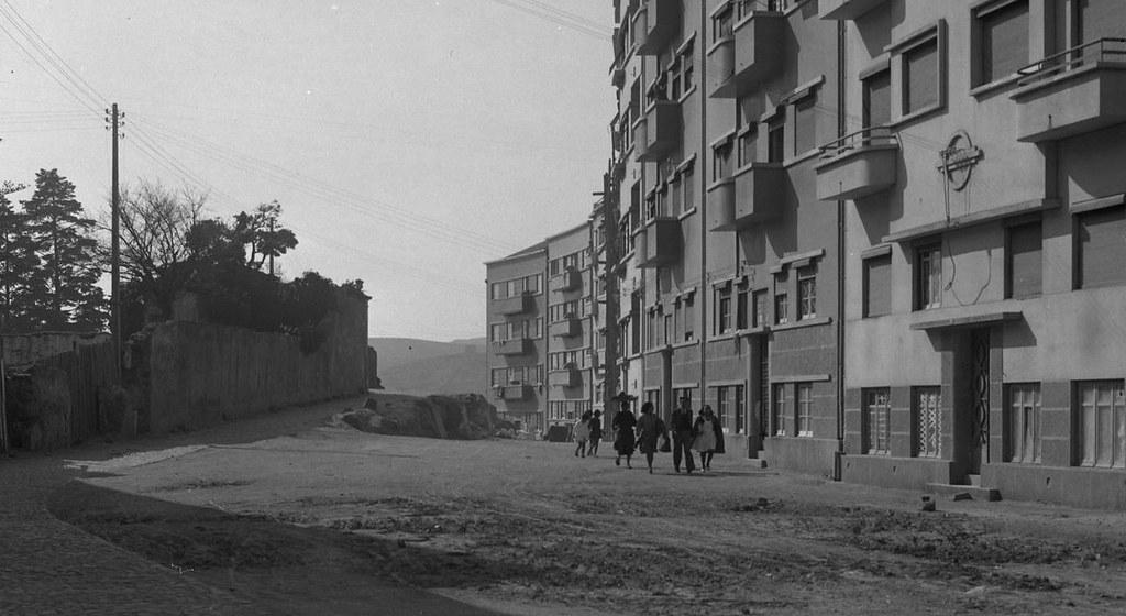 Calçada da Palma de Baixo, Lisboa, (E. Portugal, 1944)