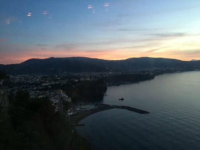 Sorrento Sunset Bus Views