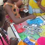 dream-home-kids-play-board-games02