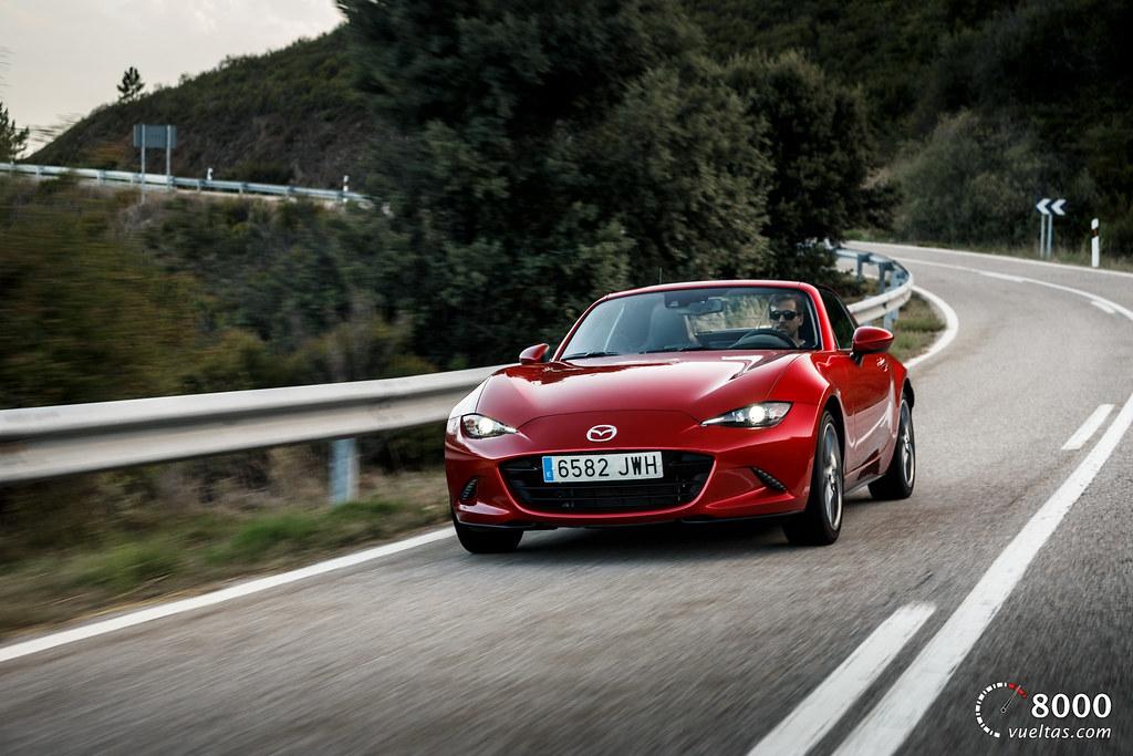 Mazda MX5 RF vs SUBARU BRZ - 8000vueltas-18