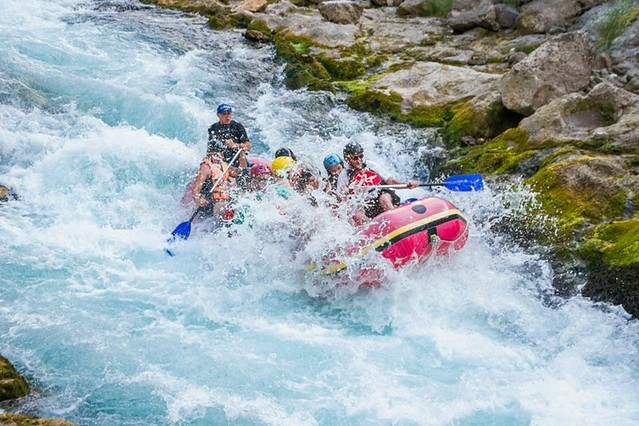 Complete rafting package