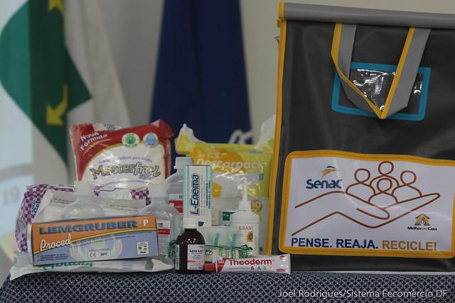 Senac entrega 150 bolsas a pacientes de Santa Maria e Gama