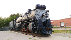 Santa Fe 2-10-4 5000 Steam Engine