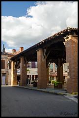 Ancienne halle à Rieux-Volvestre - Photo of Rieux