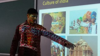 Palestra de intercambista sobre a Índia - 2ª série E.M. (ago/2017)