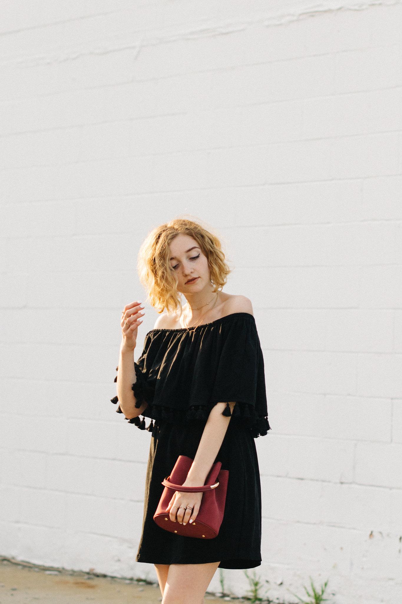 Vetta Capsule and Who What Wear shot by Lauren O'Neil on juliettelaura.blogspot.com