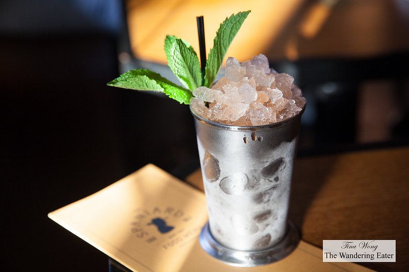 Straight to Hell (Bourbon, Nonino, Aperol, Mint.Crushed Ice)