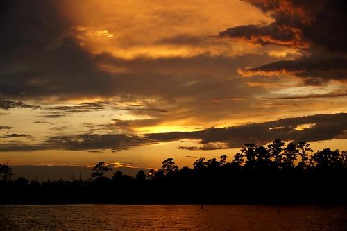sony sonya58 sonyphotographing sunset spectacularsunsetsandsunrises sky cloudsstormssunsetssunrises clouds creek northcarolina northwestcreek fairfieldharbour