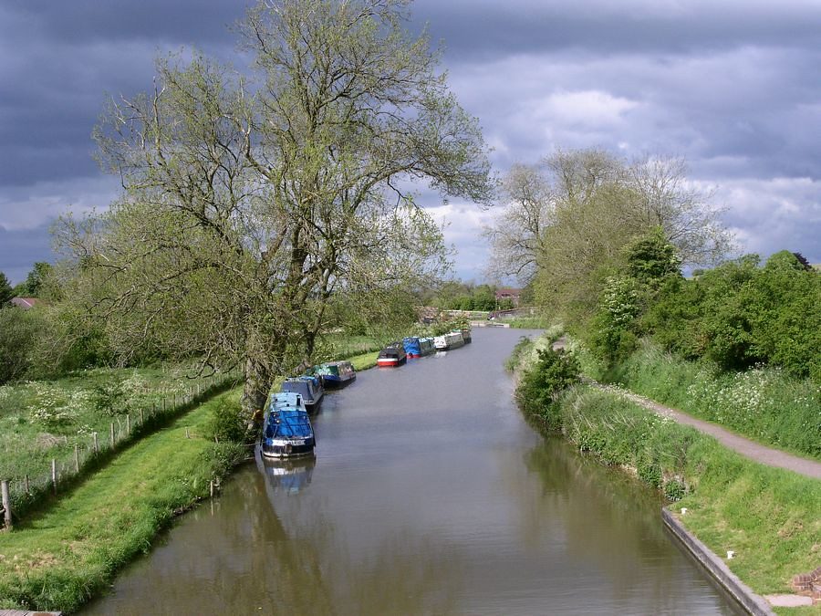 Kennet and Avon Canal near Bedwyn
