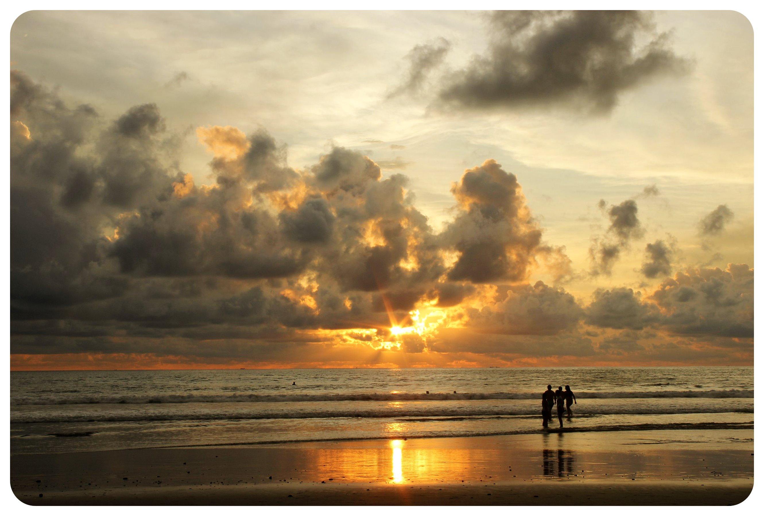 montanita sunset
