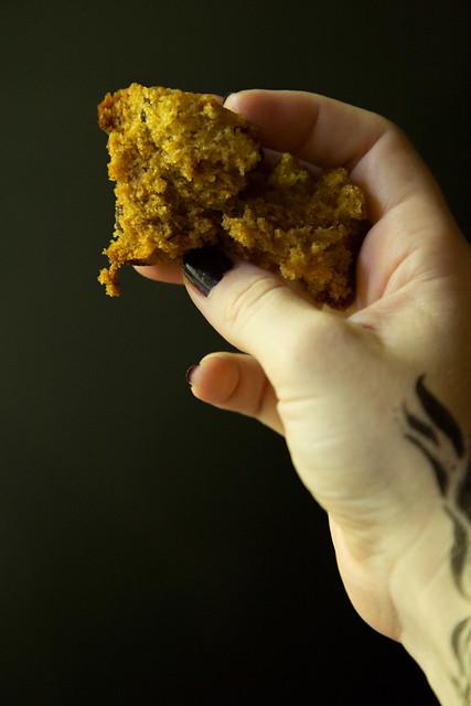 Vanishing curry raisin muffin-1
