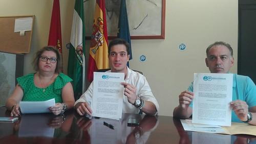 Rueda de prensa del PP sobre moción referéndum catalán