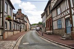 _W4A4965 Lyons la-Foret
