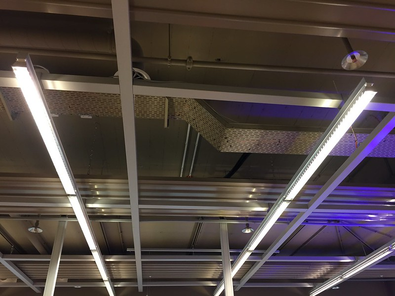 Roof in supermarket