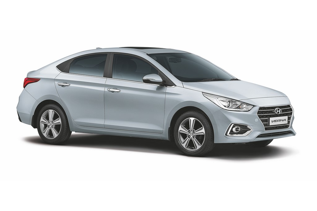 2017-Hyundai-Verna-Front-Three-Quarter (2)