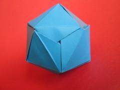 Mark Leonard's Iso-Area Icosahedron