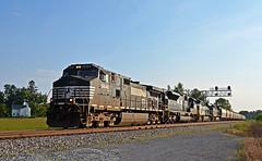 2017 08-21 1822 NS C40-9W-9448 N/B 51T, Berryville, VA