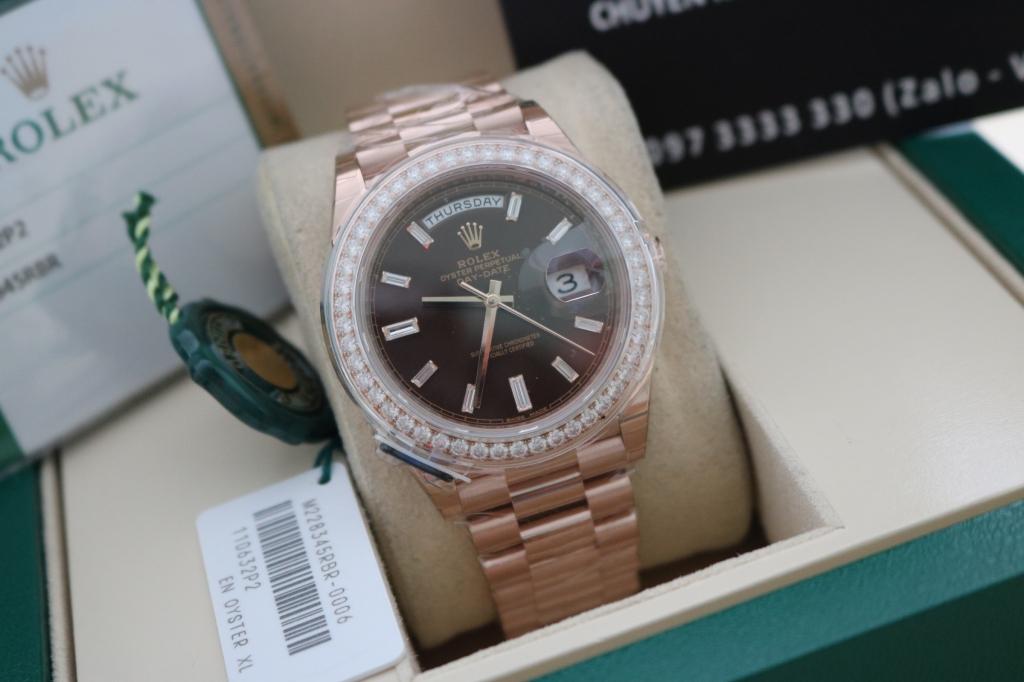 Đồng hồ Rolex day date 6 số 228345 – Vành hạt xoàn zin – Vàng hồng 18k – size 40mm