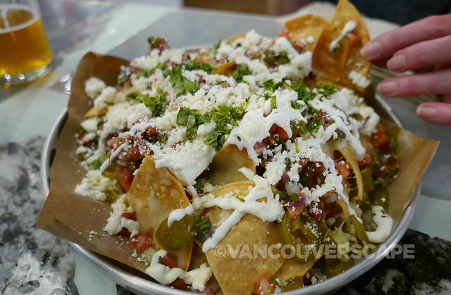 Tacofino Oasis nachos