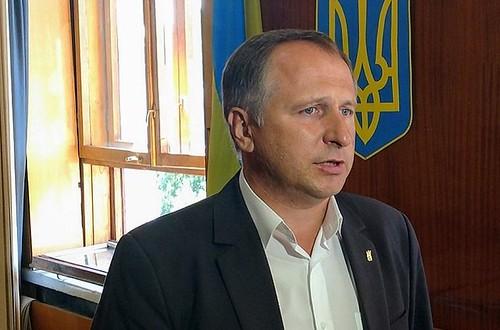«Це треба було зробити ще чверть століття тому», - депутат Осіпчук про встановлення пам'ятника Бандері в Рівному