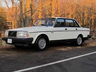 Volvo_240GL_1986_R2