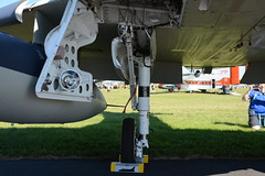 EAA2017Fri-0229 Douglas TA-4J Skyhawk 158141 N234LT - right main landing gear