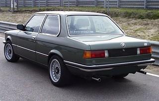 BMW_323i_1975_R2
